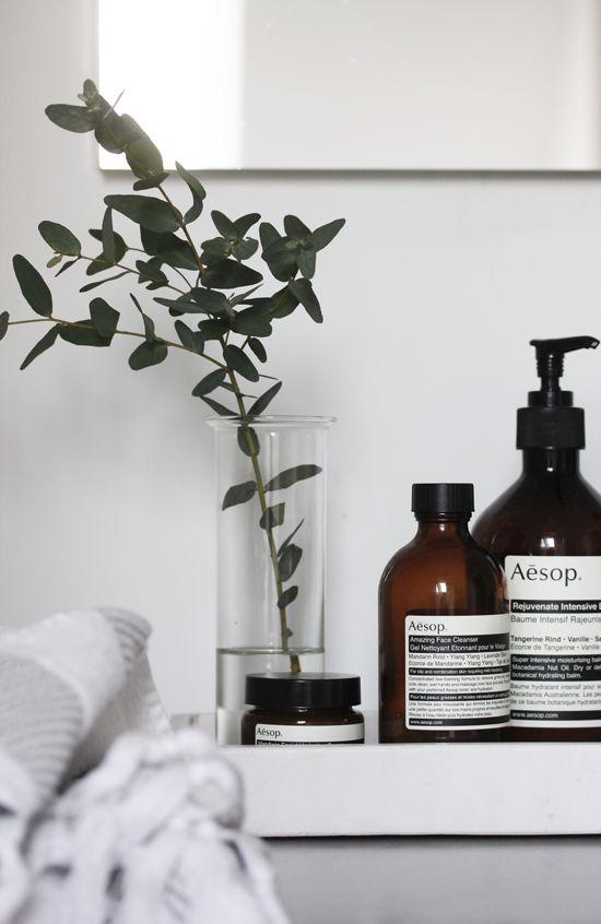 Mooie flesjes shampoo, douchegel en handwasgel