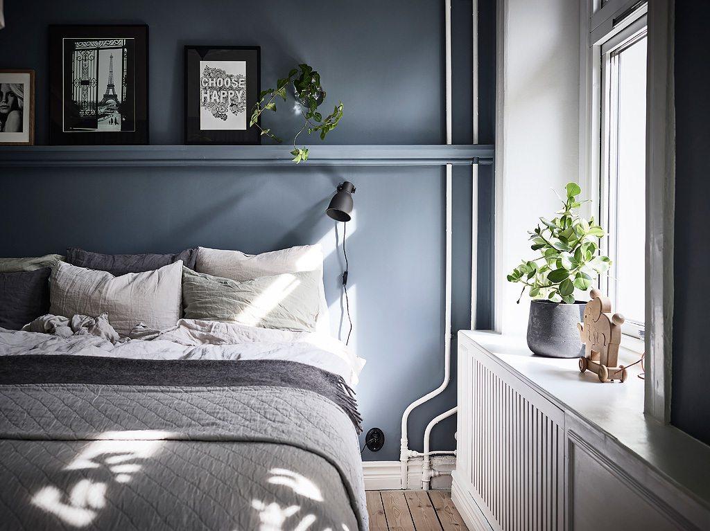 10x Mooie Gordijnen : In deze mooie slaapkamer zijn gordijnen opgehangen vóór de open