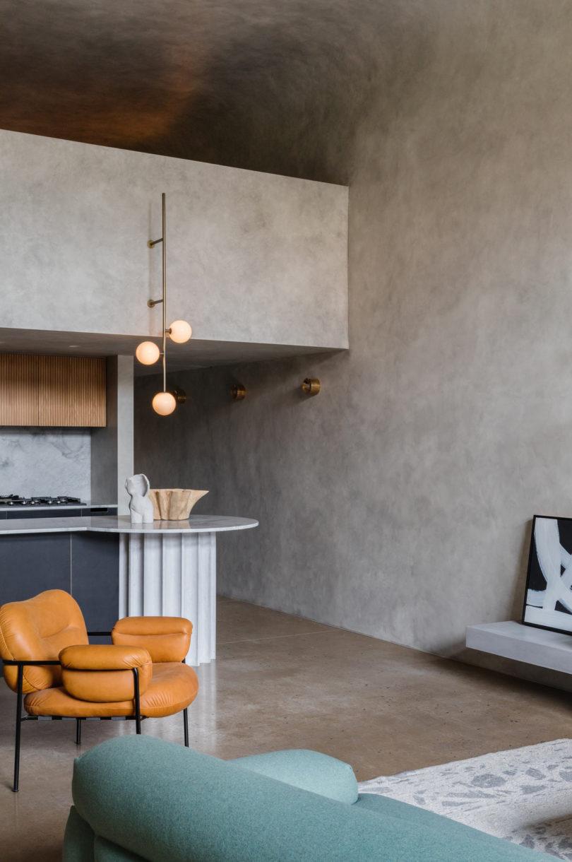 Voor deze mooie woning is er gekozen voor de brutalistische stijl