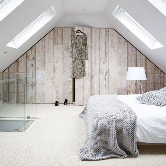 Zolder slaapkamer met inbouwkast