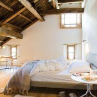 Mooie zolder slaapkamer