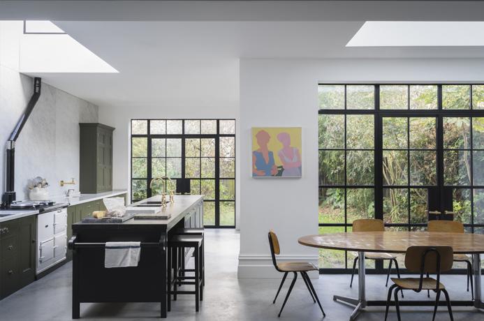 Interieur Strak Klassiek : Mosgroene klassieke industriële keuken inrichting huis