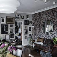 De muren vormen de blikvangers in deze leuke woonkamer!