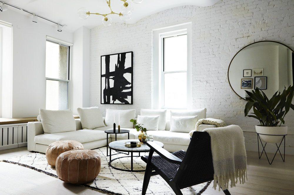 Woonkamer Interieur Stijlen : Deze new yorkse loft woonkamer is ingericht in een mooie