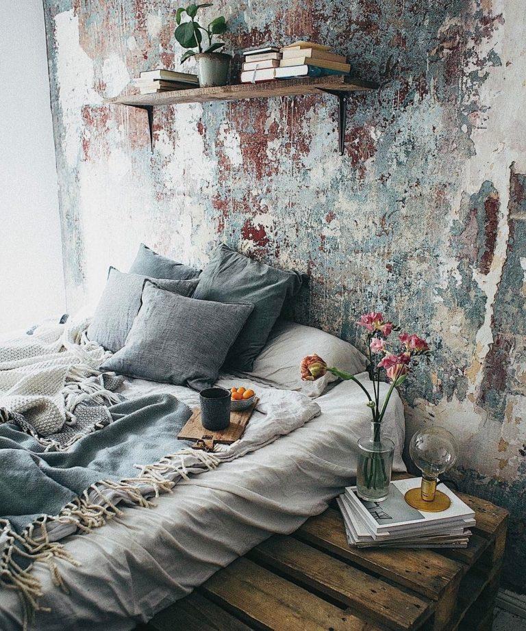 Onbewerkte rauwe muren