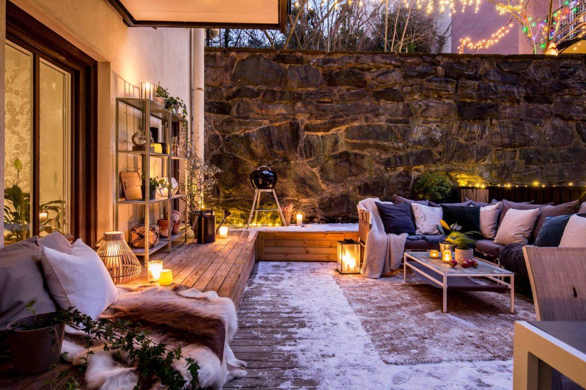Ook in de winter is het heerlijk vertoeven in deze knusse tuin!