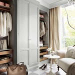 Customized open and closed walk in closet