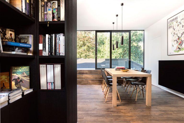 open-boekenkast-woonkamer