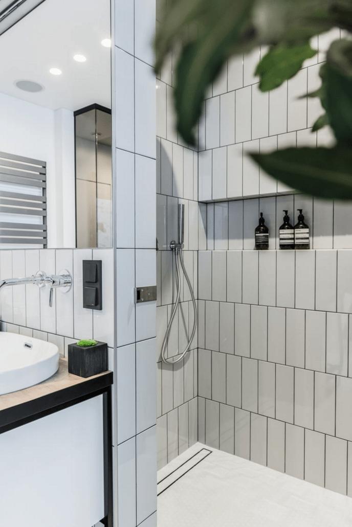 open-inloopdouche-moderne-badkamer