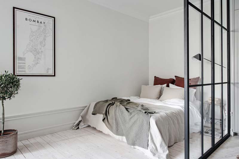 open slaapkamer stalen wand