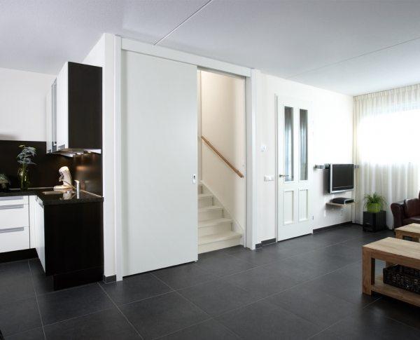 glazen deur in woonkamer: anyway doors pagina moderne binnendeuren, Deco ideeën