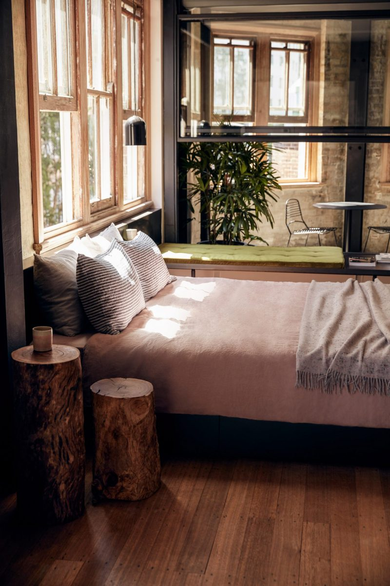 Paramount House Hotel in Sydney
