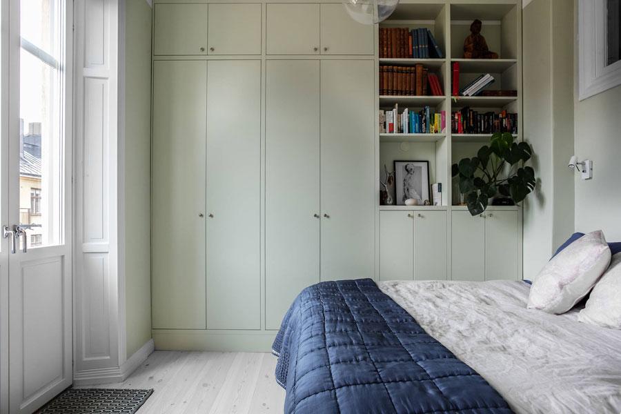 Perfecte slaapkamer met inbouwkast van een klein appartement van 39m2