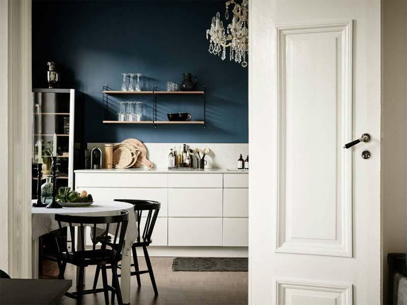 petrol kleur muur keuken