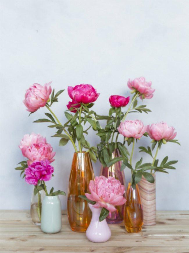 haal de lente in je interieur met mooie bloemen inrichting. Black Bedroom Furniture Sets. Home Design Ideas