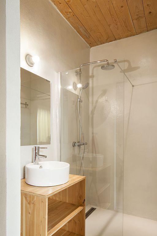 porseleinen-wandlamp-badkamer
