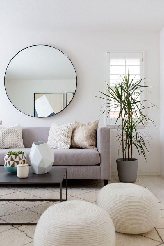 ronde-spiegel-boven-bank