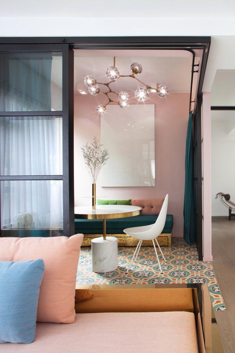 roze-muren-woonkamer