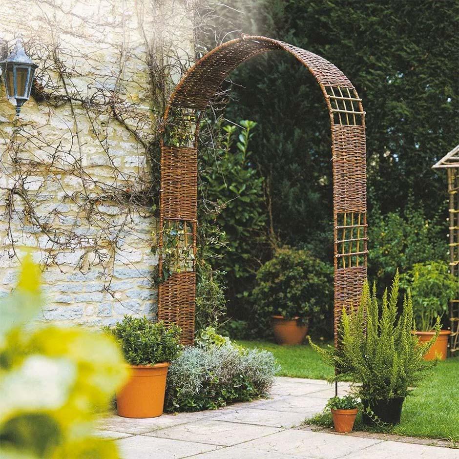 rozenboog tuin verdelen
