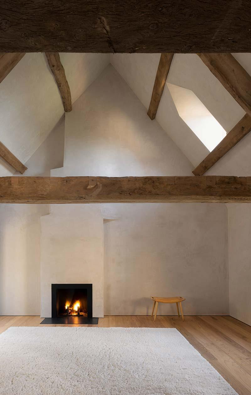 rustieke houten balken zolderslaapkamer