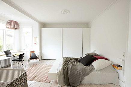 Rustige neutrale slaapkamer van Marcus en Ditte
