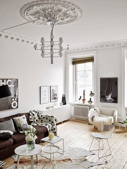 Scandinavische woonkamer met authentieke nieuwe details   Inrichting huis