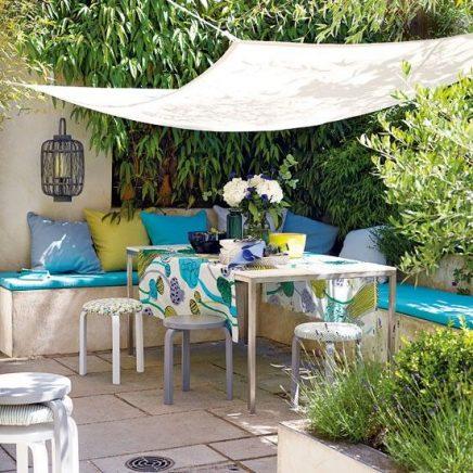 Schaduwdoek voor de tuin inrichting for Huis in tuin voor ouders