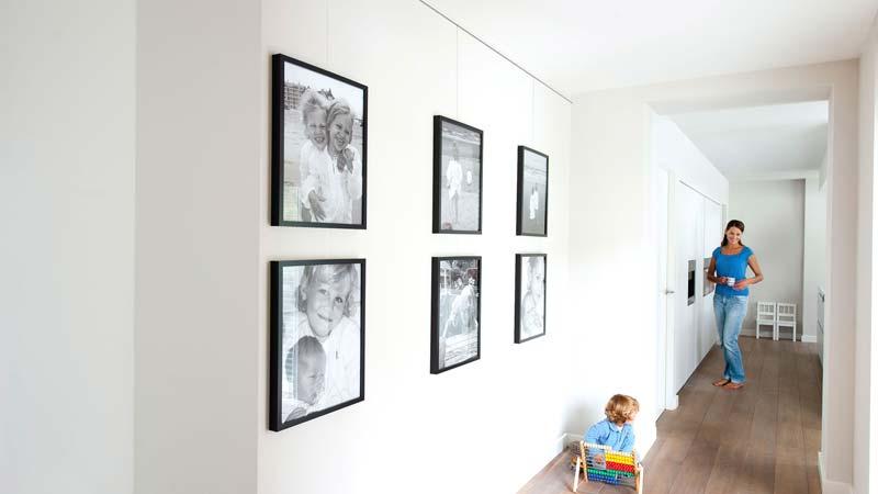schilderij ophangen ophangrails