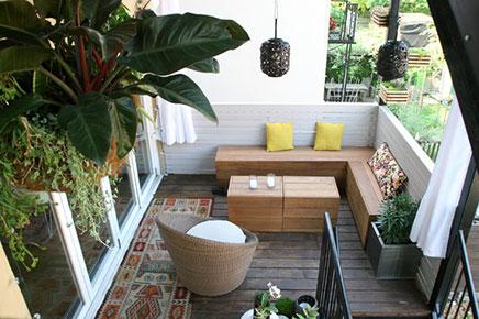 Sfeerloos balkon krijgt tropisch Bali thema | Inrichting-huis.com