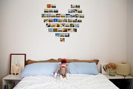 Schlafzimmer mit herzförmigen Foto-Collage