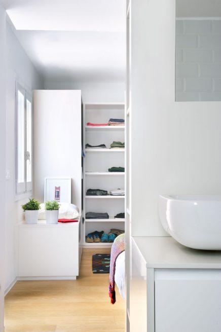Slaapkamer met open loft karakter inrichting - Slaapkamer met open badkamer ...