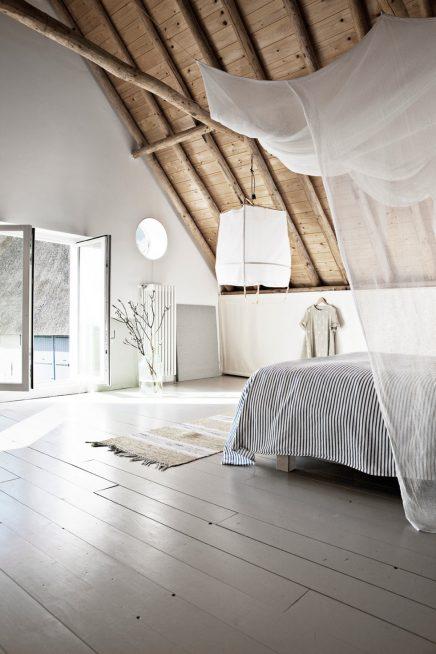 Slaapkamer in oude schuur