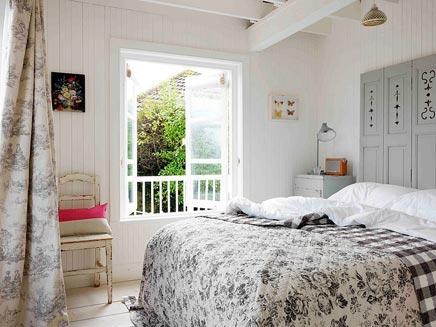 Slaapkamer van romantisch strandhuisje inrichting - Meisje romantische stijl slaapkamer ...