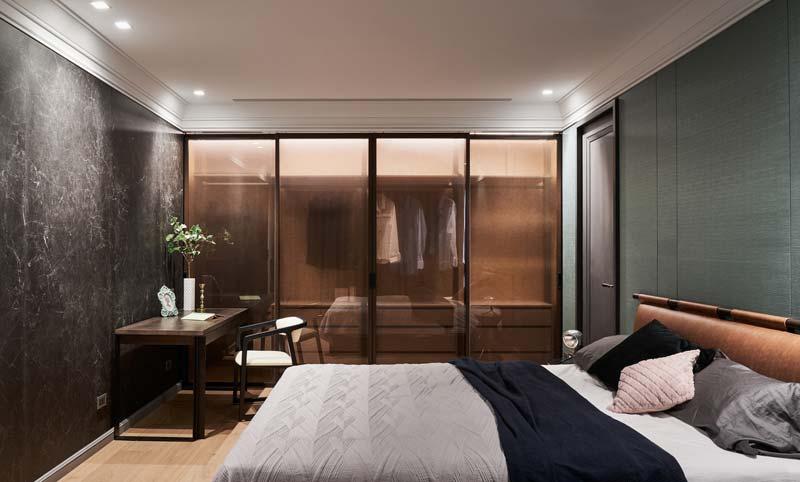 slaapkamer zwarte marmeren muur