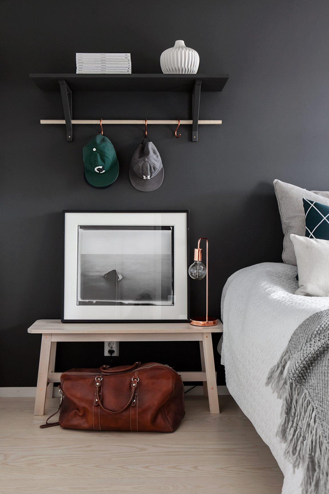 Slaapkamer met zwarte muren | Inrichting-huis.com