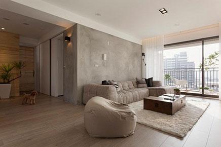 http://www.inrichting-huis.com/wp-content/afbeeldingen/smal-balkon-woonkamer-2.jpg