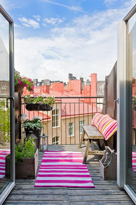 Smalle diepe balkons in Zweden