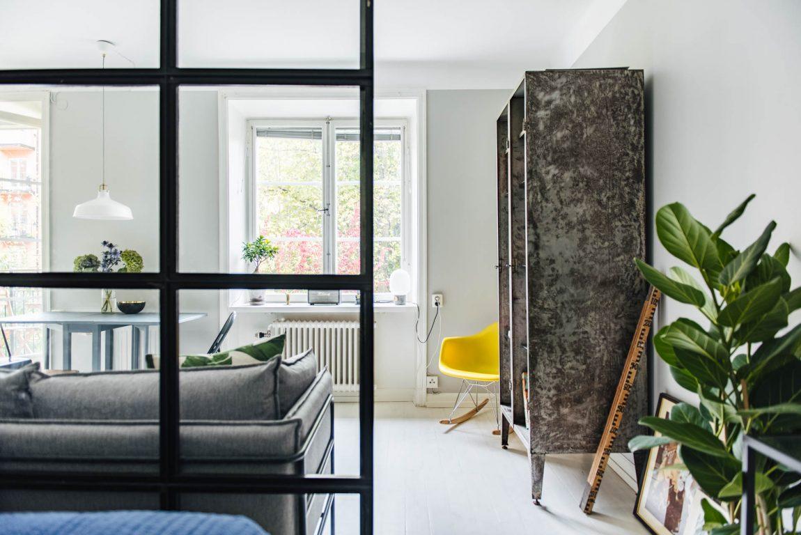 stalen-scheidingswand-woonkamer-slaapkamer