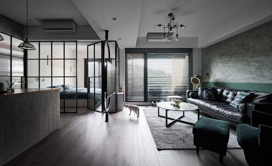 Stoer appartement met een interieur mix van industrieel en vintage