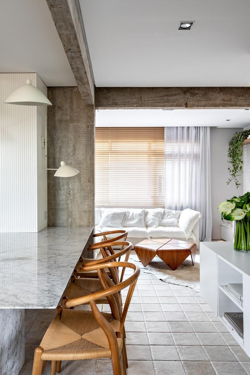 stoer industrieel appartement met natuurlijke kleuren en texturen