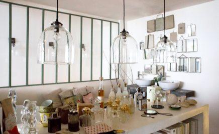 Stoer vintage appartement van grafisch ontwerpster Zoé uit Parijs