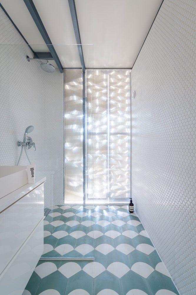 Dit stoere appartement uit Parijs is op een unieke manier ingedeeld