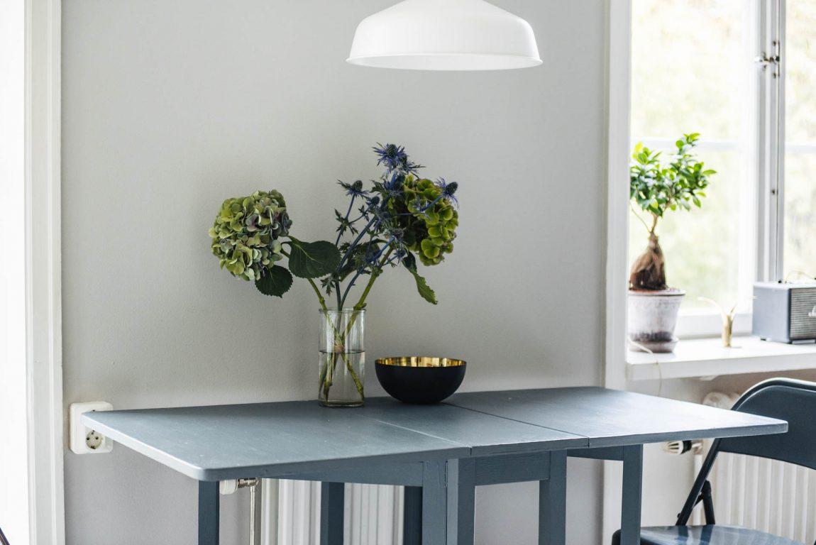 stoere-eettafel-kleine-woonkamer