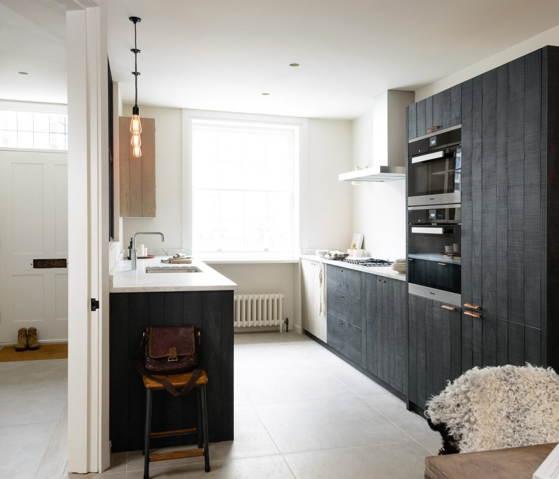 Houten Keuken Robuust : Stoere houten keuken van deVOL Inrichting huis com