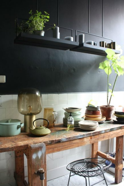 stoere werkbank in de keuken inrichting. Black Bedroom Furniture Sets. Home Design Ideas