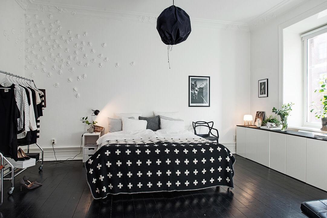 Styling in een scandinavische slaapkamer inrichting for Mooie slaapkamer