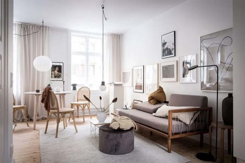 taupe interieur bank woonkamer