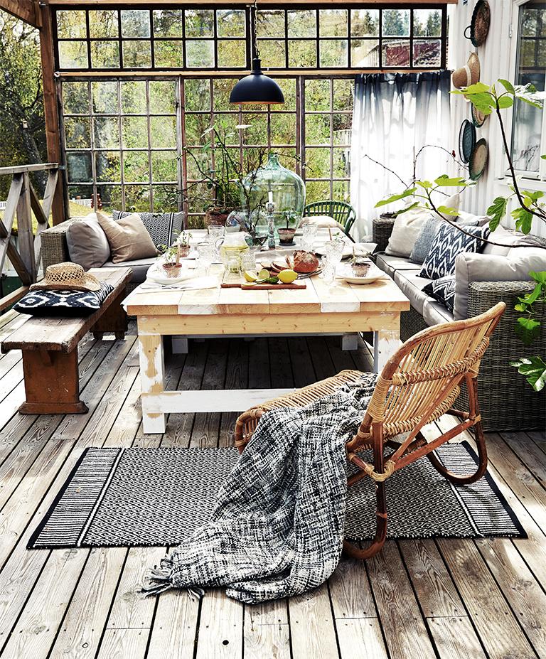 terras ingericht met een vintage sfeer inrichting On terras sfeer