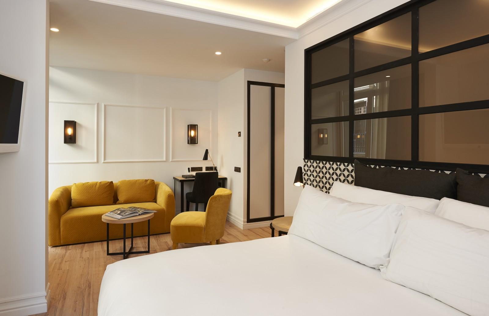 the serras hotel in barcelona inrichting. Black Bedroom Furniture Sets. Home Design Ideas