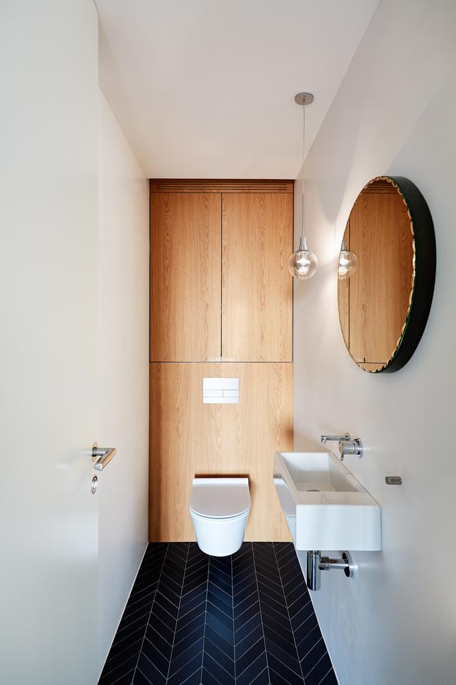 toilet inspiratie visgraat tegels
